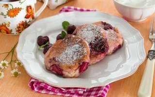 Сырники с сушеной вишней – пошаговый рецепт с фото. Как приготовить