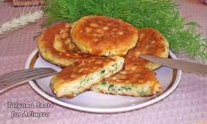 Сырные оладьи на сметане с зеленью – пошаговый рецепт с фото. Как приготовить