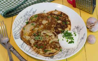 Оладьи из зелени с чесночным соусом – пошаговый рецепт с фото. Как приготовить