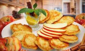 Оладьи с кусочками яблок – пошаговый рецепт с фото. Как приготовить